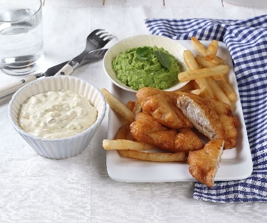 Fish & chips borsópürével, mártogatóssal és sült krumplival Recept képpel - Mindmegette.hu - Receptek