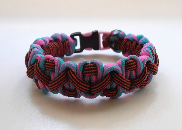 "NEW ITEM!!! Survival Bracelet ''Peachpuff & Wine"" project by LifesavingBracelets on Etsy"