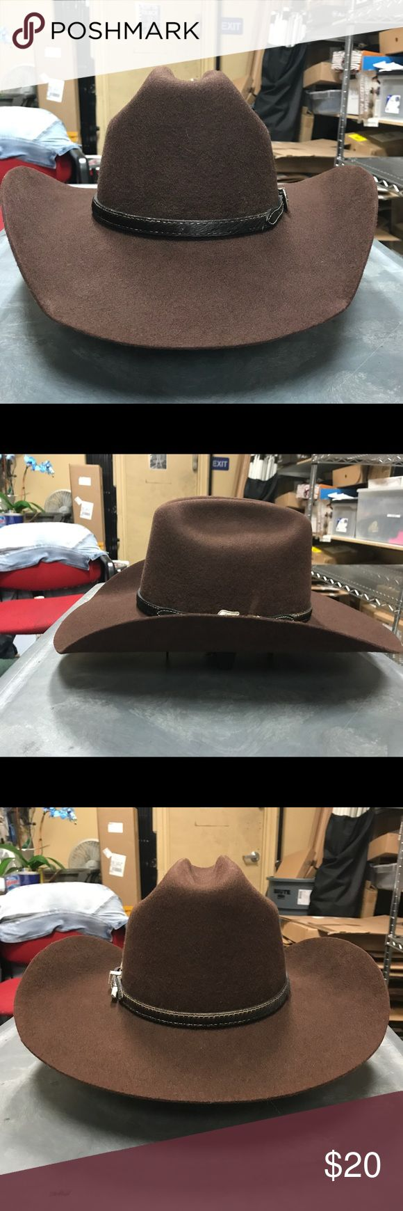 Resistol Cowboy Hat Size: 7, Brim: 4 1/4, Color: Brown, 3X Felt. Hat Band NOT included. Used but excellent shape, no stains, has been cleaned and re blocked. Resistol Accessories Hats