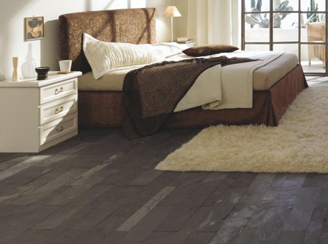 Chambre décoré avec de l'ardoise au sol #ardoise #deco #chambre #bedroom