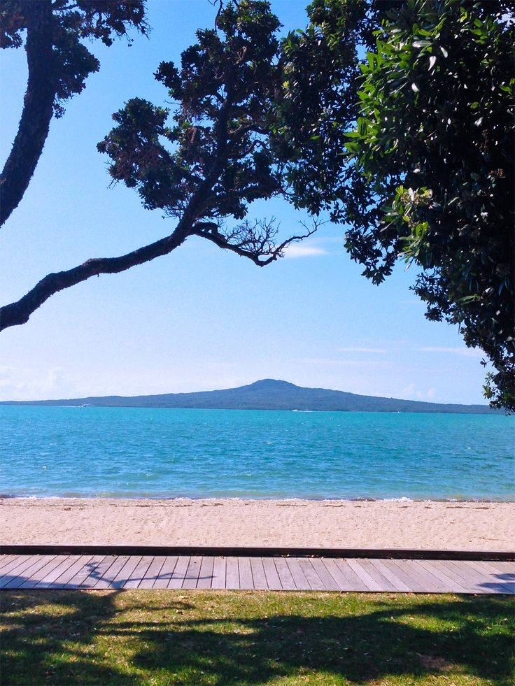 St Heliers Bay looking towards Rangitoto Island, Auckland, New Zealand. I've climbed to the top. Awesome view :)