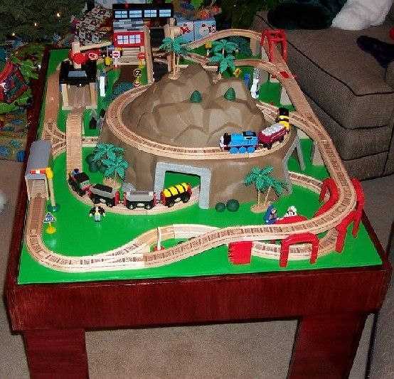 How to build a toy train table or a play activity table. Easy to do & 23 best Train Tables with Storage images on Pinterest | Train table ...