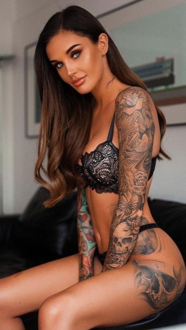 Pin on INKED & HOT ☆ BRUNETTES