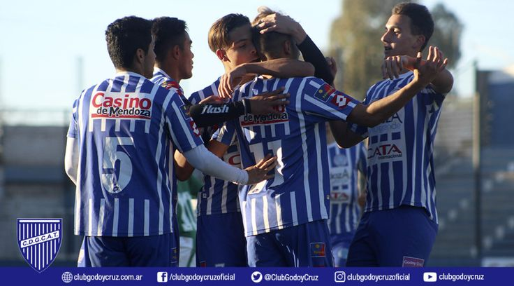 Las fotos ante el Taladro – Club Deportivo Godoy Cruz Antonio Tomba