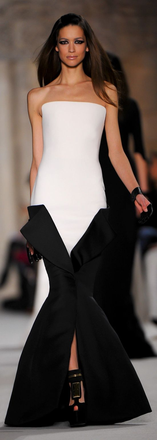 17 Best Images About Futuristic Chic On Pinterest Clothing Alternative Girls And Thierry Mugler