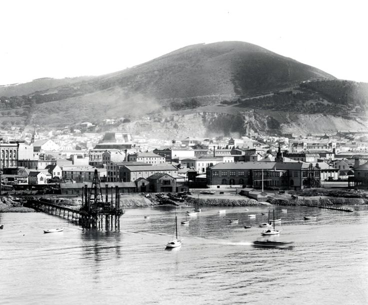Roggebaai, Table Bay, Cape Town | View appears to be from the tower on the pier. c1922