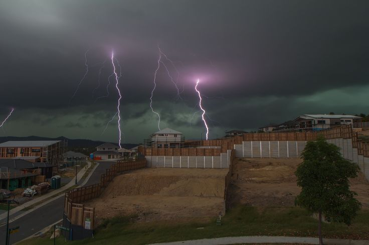 https://flic.kr/p/BwVDri | Green Monster | Yet another storm front approaches South East Queensland. Widespread damage reported across numerous suburbs with golf ball size hail, unroofed houses and downed trees.   Single exposure of 8 seconds