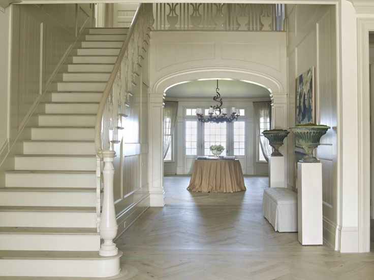16 Elegant Traditional Staircase Designs That Will Amaze You: Best 25+ Foyer Staircase Ideas On Pinterest