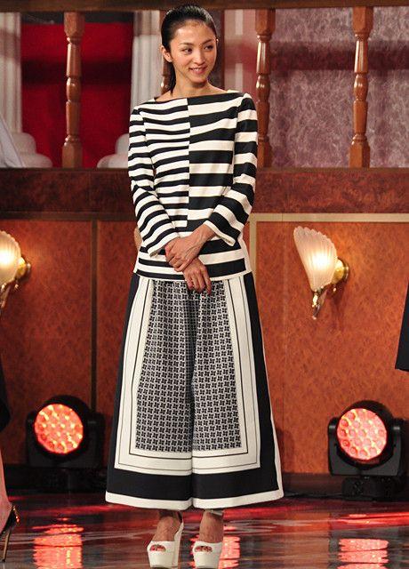 日本アカデミー賞ファッションチェック!モノトーンが人気もエリカ様が異彩 - フォトギャラリー13 : 映画ニュース - 映画.com