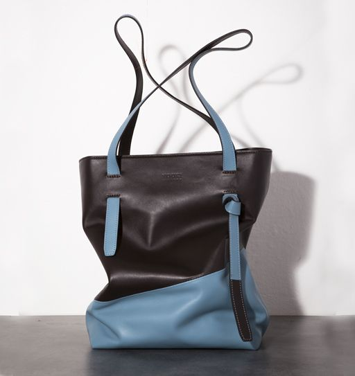 YOUKI : BAGS CUSTOMIZABLE AND MULTI-FUNCTIONAL. Youki is design, style, color, freshness, simplicity, modularity! transformable and multifunctional bags with essential shapes and refined details. Discover more  on http://ob-fashion.com/youki/?lang=en  #emergingdesigner #emergingtalents #obfashion #fashion #trends #ootd #wiwt #اتجاهات #тенденции #トレンド #ファッション #мода #موضة #роскошь #ترف #мешки #أكياس #madeinitaly #bags #clutch #bag #luxury #magdak   #design   #youki