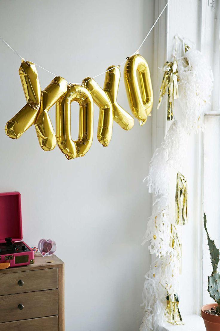 Perfect For Valentines XOXO Mini Balloon Kit