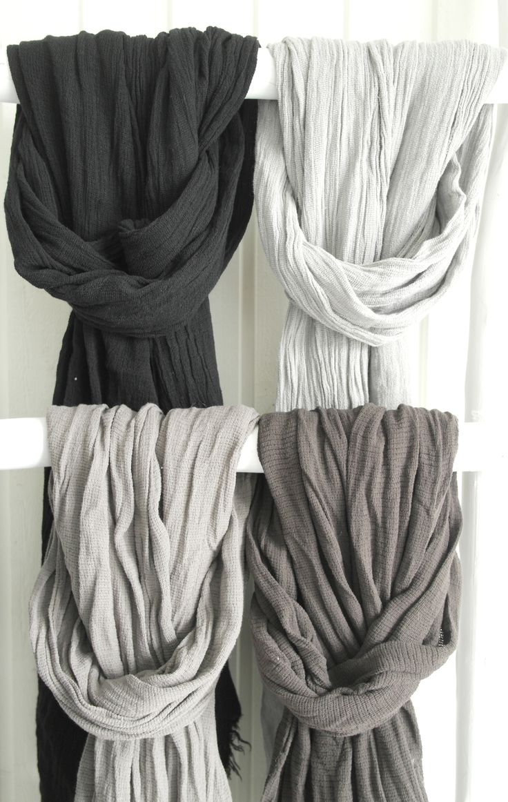 Linen & cotton blended scarves in beautifully faded colors / @bypiaslifestyle www.bypias.com
