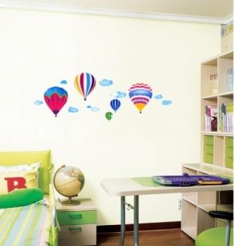 Hot Air Balloons. Decoreer uw kinderkamer met deze heteluchtballonnen van Decowall. #muurstickers #Decowall #Decodomus