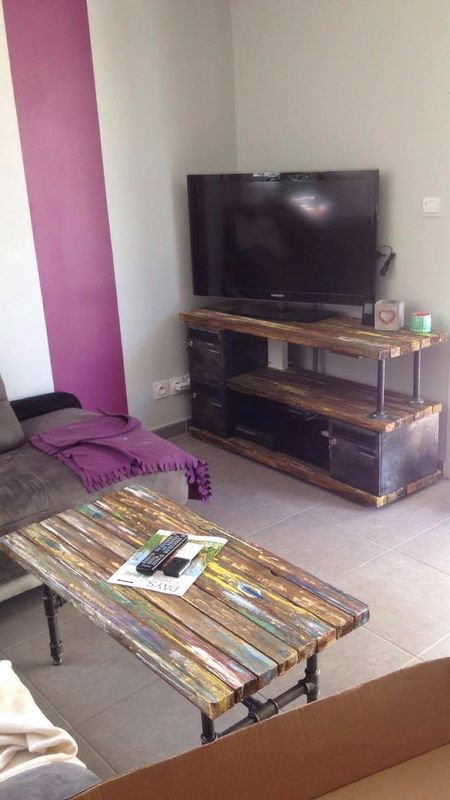 les 25 meilleures id es concernant meuble tv sur pinterest unit de stockage de t l vision. Black Bedroom Furniture Sets. Home Design Ideas