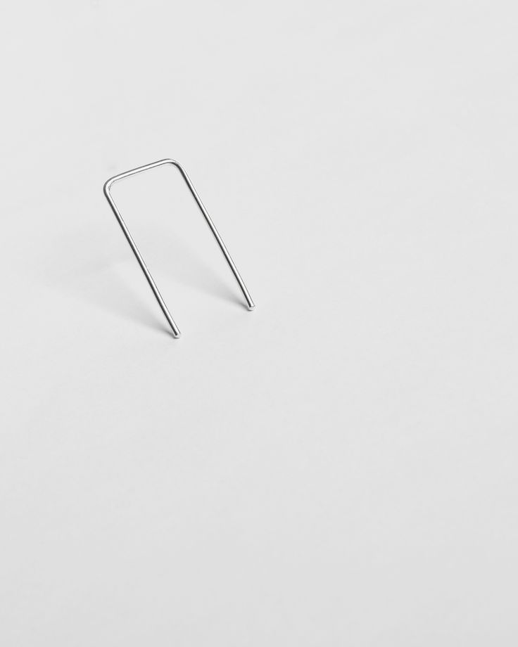 earring - emi - Anna Lawska Jewellery / collection - back to basic -