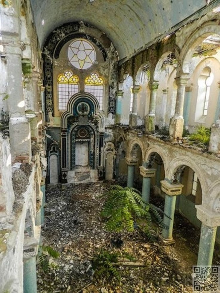 Grand Synagogue in Constanta, Romania. Built in 1912. Long abandoned and little…