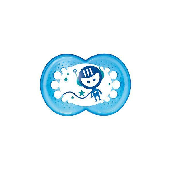 Chupete de látex Mam Night modelo niño. 2 unidades  http://www.babytuto.com/productos/higiene-salud-chupetes-chupetes-de-latex,chupete-de-latex-mam-night-modelo-nino-2-unidades,15539?h=6&p=fb_page&i=babytutoPinterest-0621