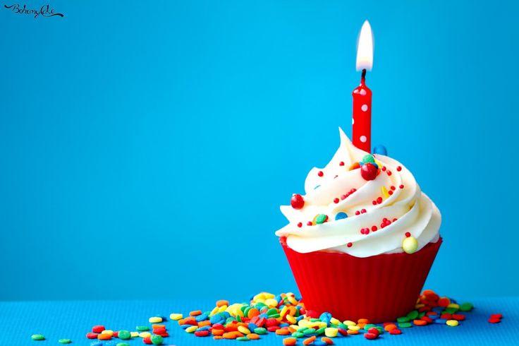 Oggi 3 novembre 2015 BohemyCake compie il suo primo anno di attività. Buon compleanno!