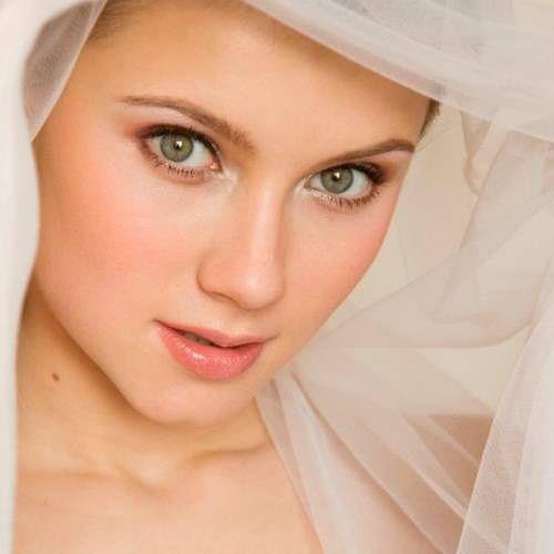 17 Best images about Make Up on Pinterest Bridal eye ...