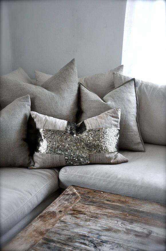 Sequin pillow<3