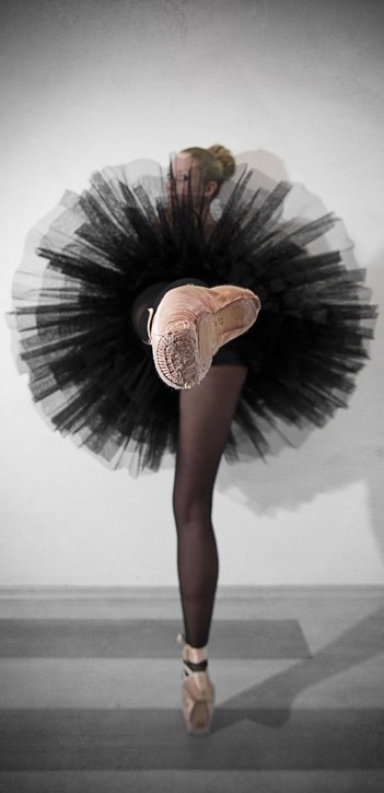 Dancer's perspective (Dancer's perspective • photo: Christine Lutz on Happy Photon