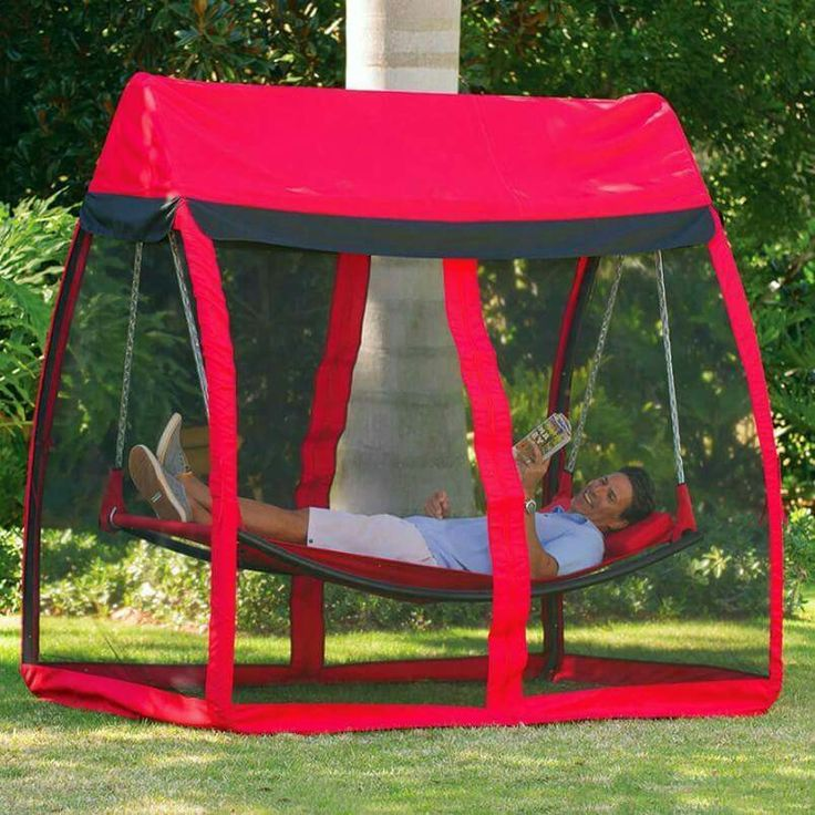 Want this!  Hammock with mosquito net.  Awesome!