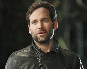 YAAAAAAAAAAAAAAAAAAAYYYYYYYYYYYYYYYY! Eion Bailey is on his way back toABC'sOnce Upon a Time.