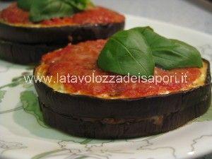 Sandwich di Melanzane   http://www.latavolozzadeisapori.it/ricette/sandwich-di-melanzane