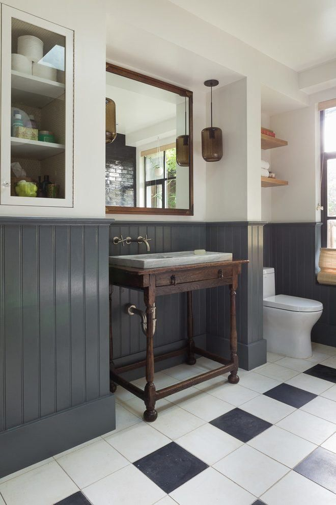 20 Beautiful Wainscoting Ideas For Your Home Bathroom