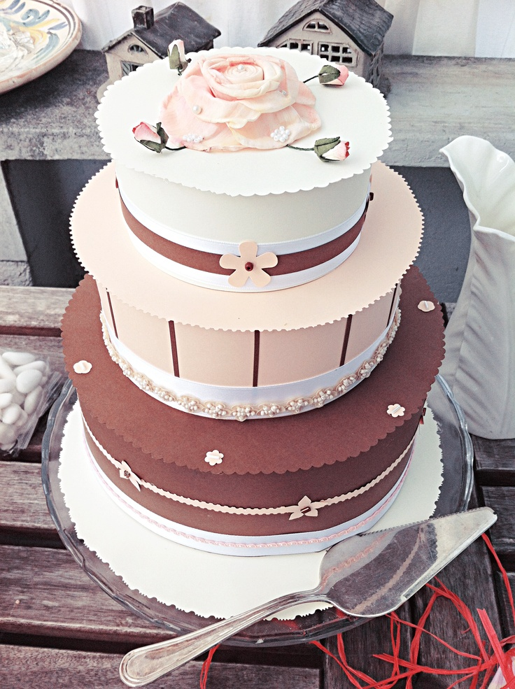Cake Decoration With Paper : 79 best images about Paper cake on Pinterest Chocolate ...