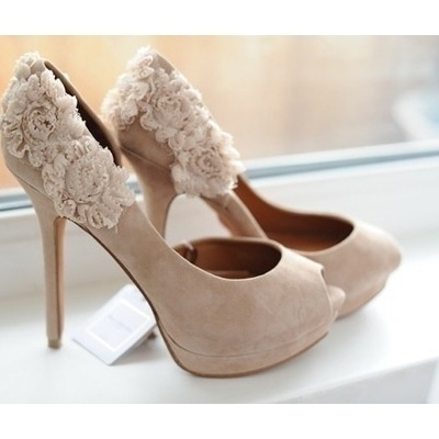 Floral HeelsFashion, Wedding Shoes, Beautiful, Wedding Heels, Bridesmaid Shoes, High Heels, Floral Heels, Flower, My Style