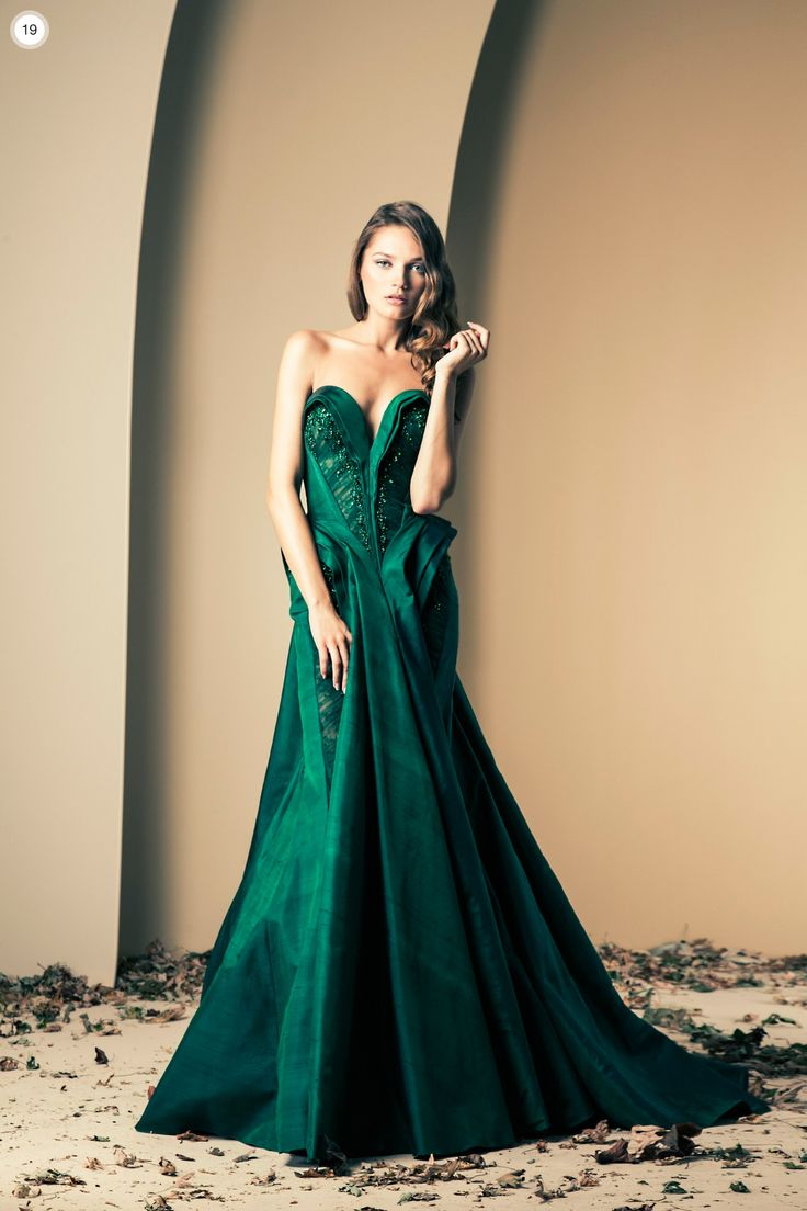 Ziad Nakad Haute Couture Fall-Winter 2013-2014. Looks similar to Zac Posen's recent collection