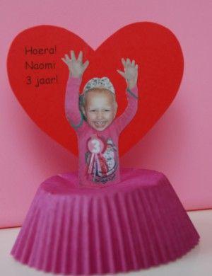 Selfmade: Traktatie van onze dochter (cupcakes)