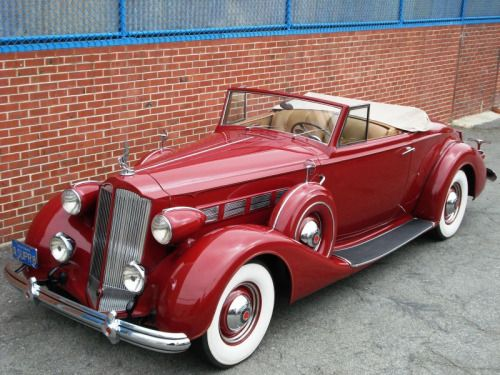 "vintagegeekculture: "" The 1939 Packard Convertible, which as all true video game fans know, is the car of choice of Carmen Sandiego. """