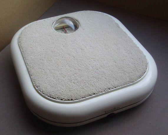 Pèse personne,balance salle de bain , Marco ZANUSSO. vintage. design. 60.70 ..... blanche.
