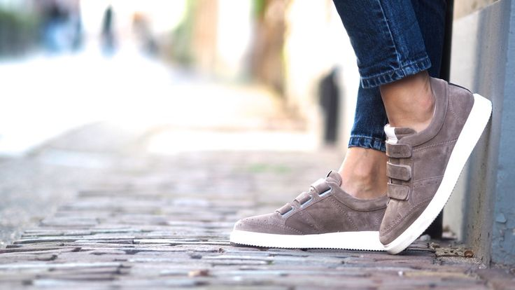 Chloe Sterk | Noah Straps Suede #NBKK #nubikkofficial #nubikk #footwear #sneakers