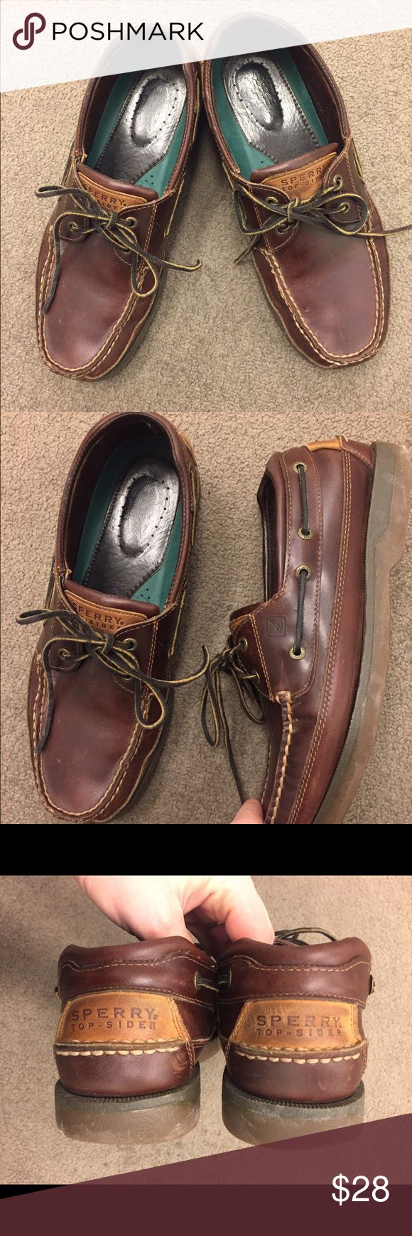 Sperry Topsider Brown Leather Men's Boat Shoes Dark brown leather men's Sperry Topsider boat shoes in a size 10.5 Wide. They are in very good condition other than some marks to the leather. #sperry #sperrytopsiders #brown #leather #shoefie #mens Sperry Top-Sider Shoes Boat Shoes