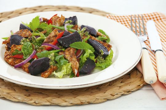 Spicy Chicken and Beetroot Salad Recipe - Quick and easy at countdown.co.nz
