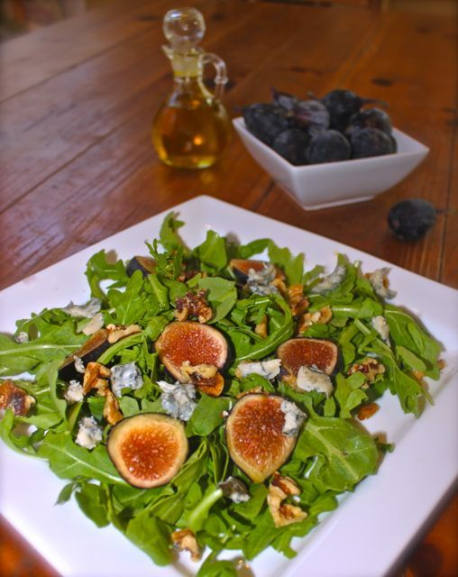 Fresh Fig and Arugula Salad with Gorgonzola & Balsamico Vinaigrette