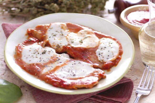 Ricetta Scaloppine di vitello alla pizzaiola - Le Ricette di GialloZafferano.it