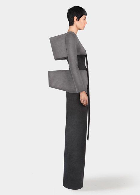 Sculptural Fashion - minimalistic geometric dress; wearable art; architectural…