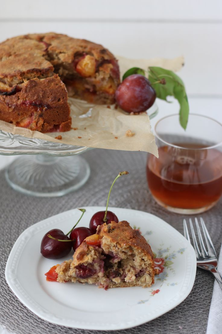Havermoutbrood met kersen en pruimen #foodblog #foodblogger #recept #debsbakery #havermoutbrood