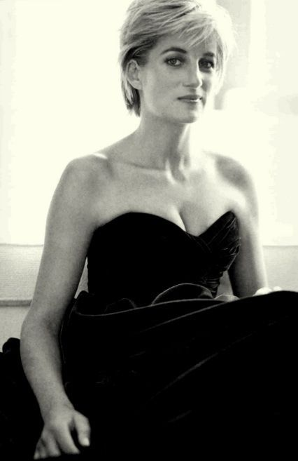 """""""Anywhere I see suffering, that is where I want to be, doing what I can."""" - Princess Diana"""
