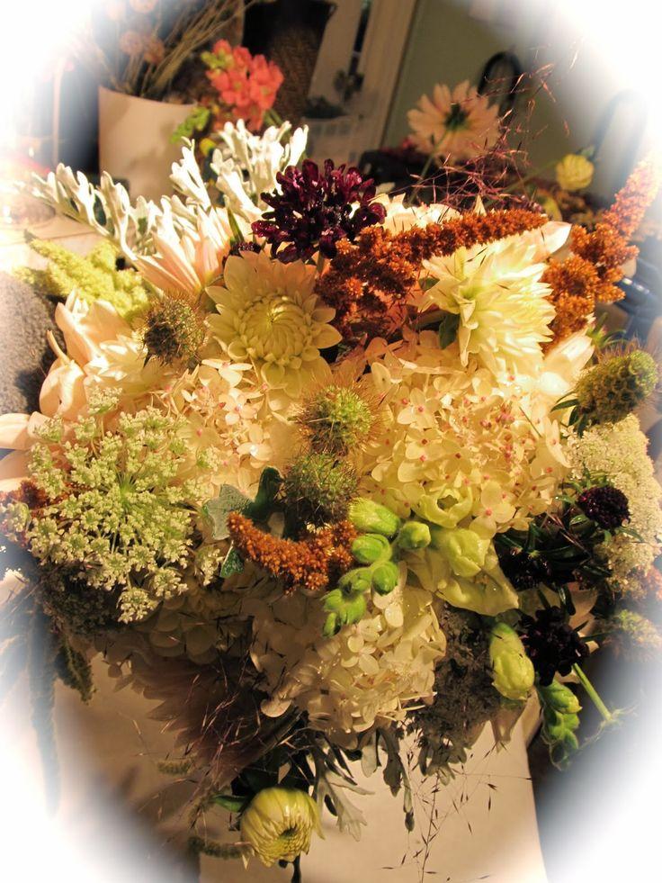 11 best October wedding flowers images on Pinterest | Wedding ...
