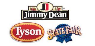 Enjoy a night in with Tyson & Redbox by shopping Walmart! #TysonFreeMovieNight #sponsored http://www.wrappedupnu.com/2017/02/familymovienightwithTYSON.html