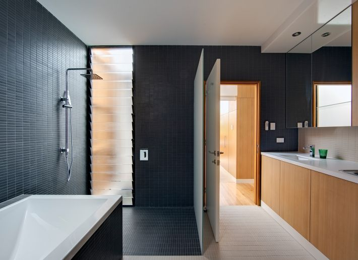 CplusC - Sydney Architects and Builders. Curl Curl Beach House #sydney #architect #bathrooms
