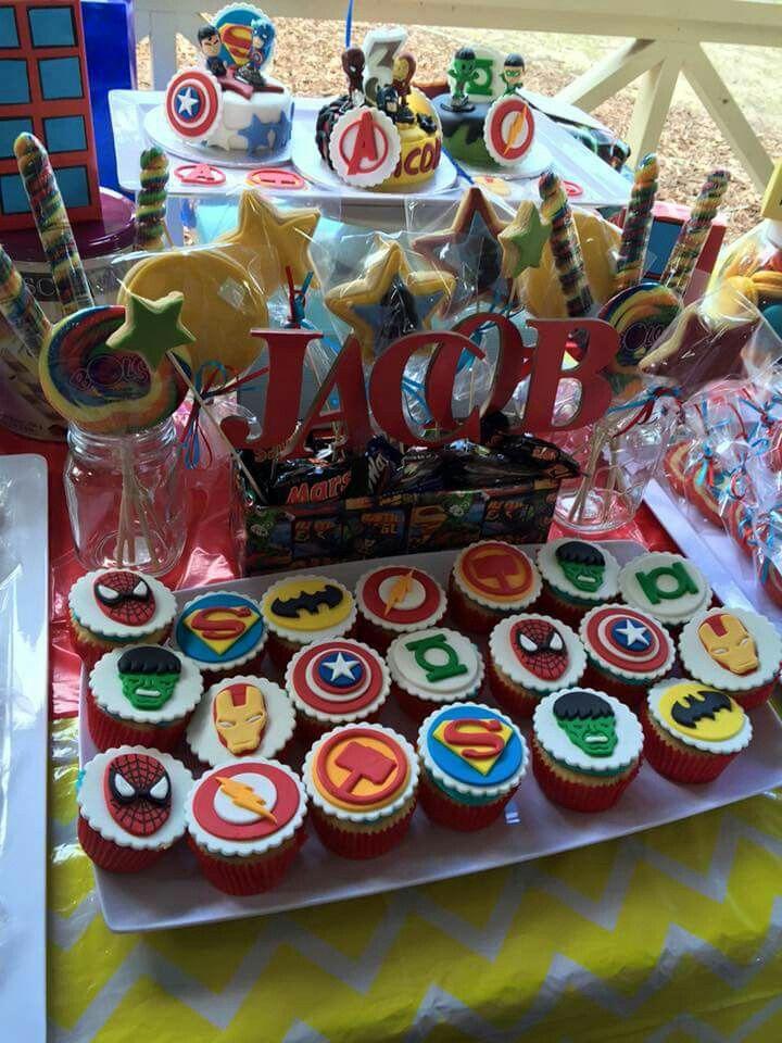 Dessert table buffet