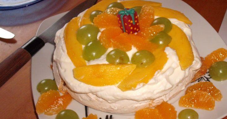 Pavlova ist ein berühmtes Dessert welches im Jahr 1926 zu Ehren eines Besuches Anna Pavlova in Neuseeland zubereitet wurde..aber auch die ...