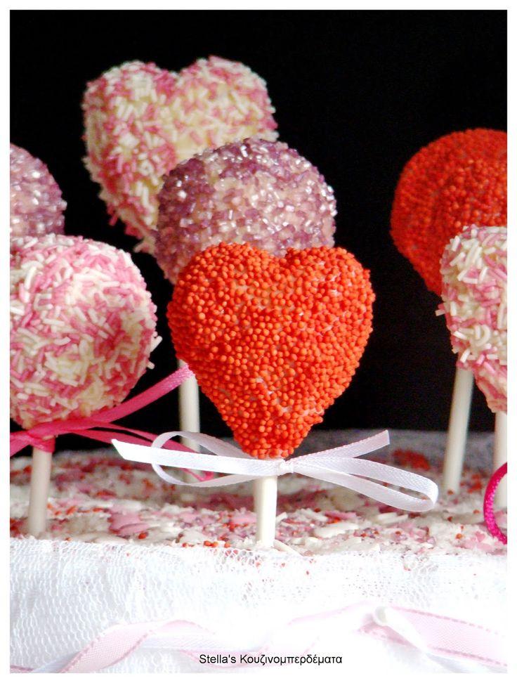 Stella's Κουζινομπερδέματα: Cakepops σε Σχήμα Καρδιάς με Επικάλυψη Λευκή Γκανάς και Τρούφα