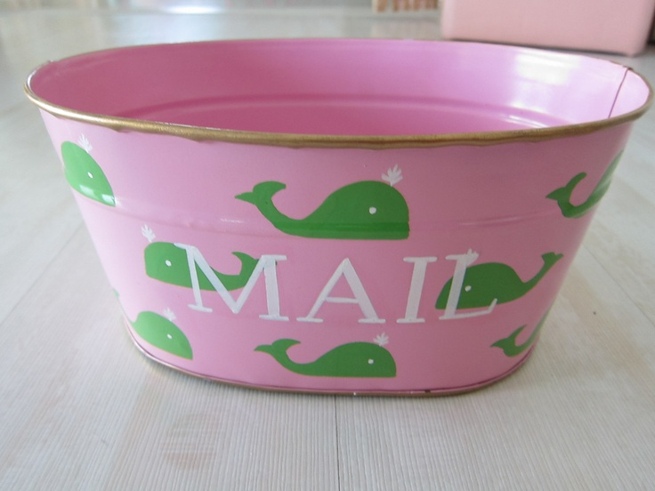 cute bucket for your mail at snappy turtleSnappy Turtles, Apartments Ideas, Vintage Buckets Pretty, Fun Gift, Interiors Design, Townhouse Ideas, Buckets Pretty Buckets, Bcs Design, Preppy Pink